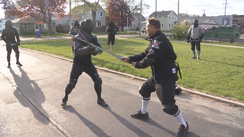 Sgt. Pynenberg training Wisconsin Historical Fencing Association members.