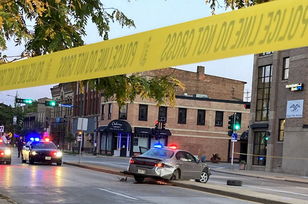 Police investigate an incident at Dousman and N Broadway in Green Bay. Sept. 29, 2020.