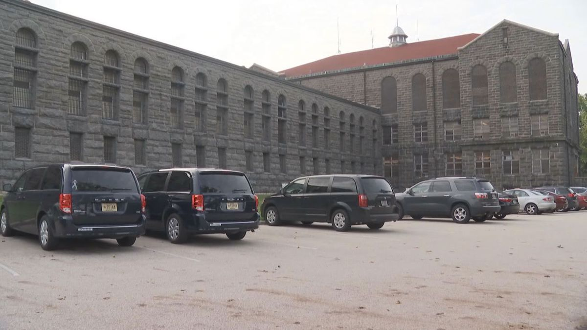 Green Bay Correctional Institution in Allouez (WBAY photo)