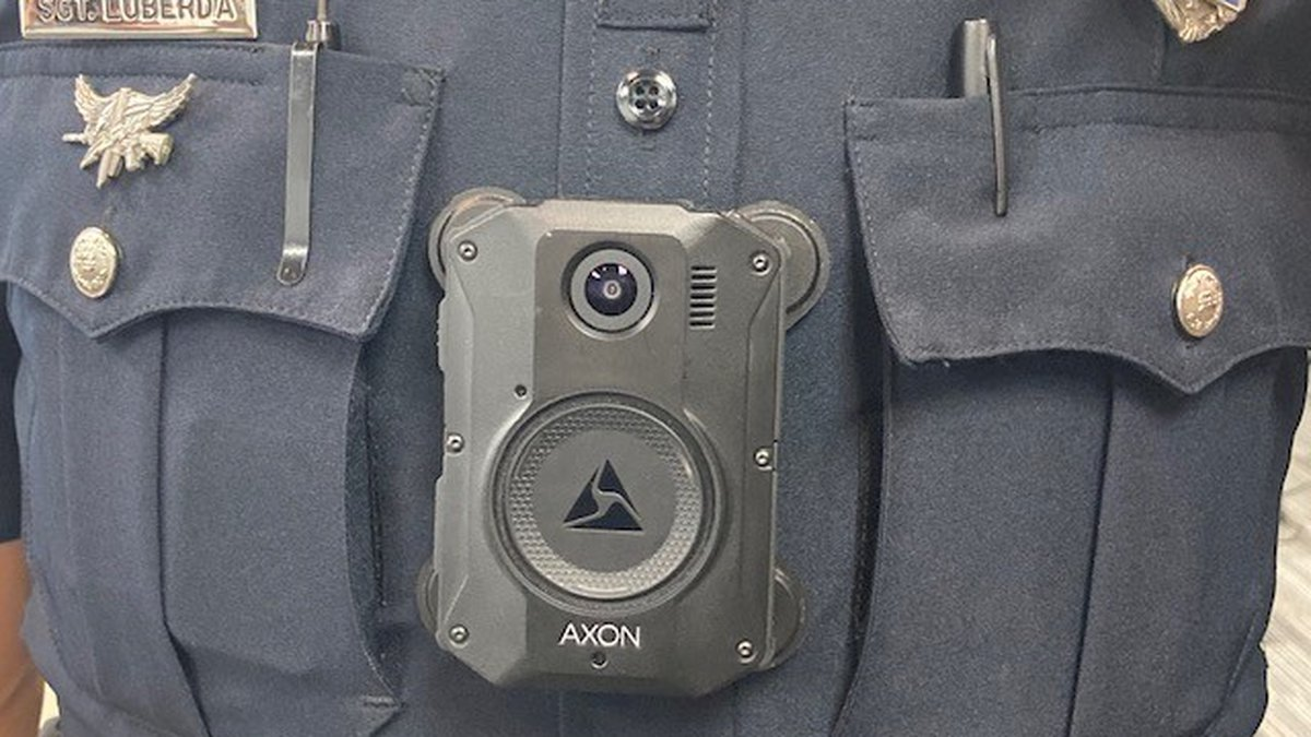 Green Bay police officer wearing a body camera
