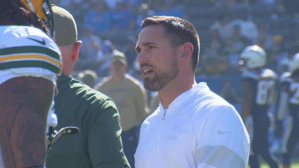 Packers Head Coach Matt LaFleur on the sideline in Los Angeles for the team's game against the Chargers.