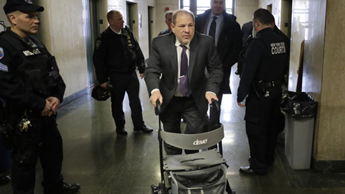 Harvey Weinstein arrives at a Manhattan courthouse for his rape trial in New York, Monday, Feb. 10, 2020. (AP Photo/Seth Wenig)