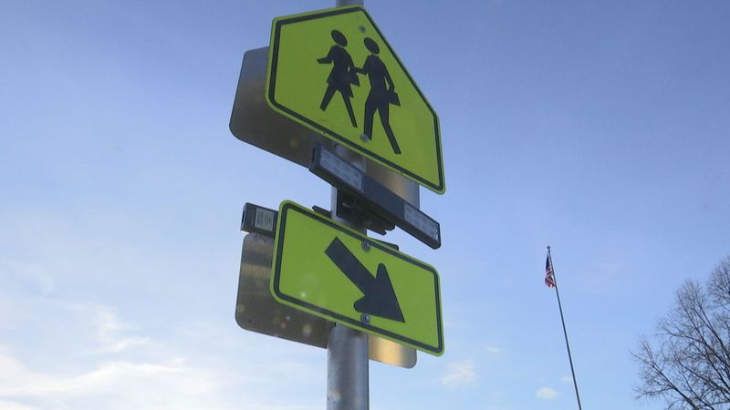 Ahead of schools opening back up, the Green Bay area needs crossing guards.