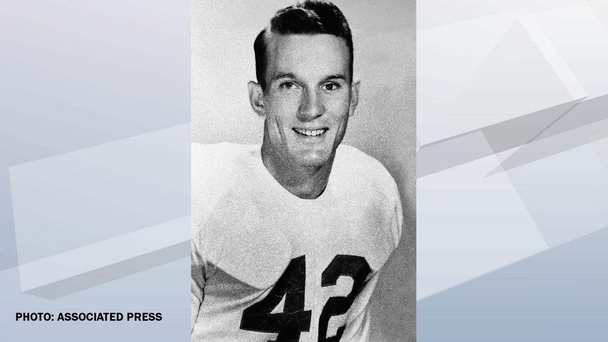 Bobby Dillon of Texas is part of the 1951 All-American defensive team. (AP Photo)