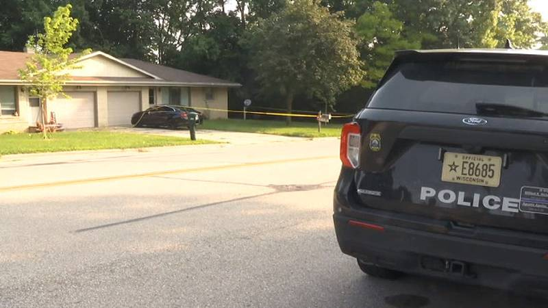 Police investigate shooting on Laverne Dr in Green Bay. Aug. 5, 2021.
