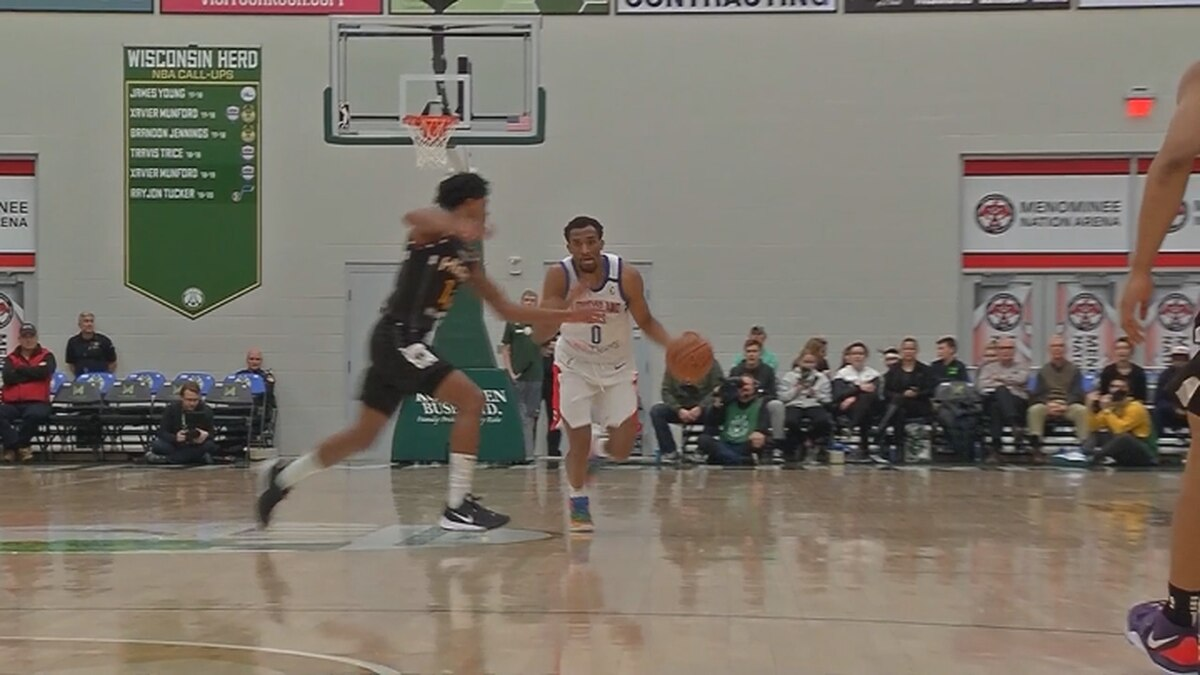 The Wisconsin Herd (23-8), the NBA G League affiliate of the Milwaukee Bucks, dropped its third consecutive game with a 117-110 loss to the Long Island Nets (13-18) on Tuesday night inside Menominee Nation Arena.