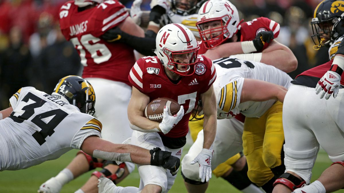 Big Ten conference presidents and chancellors are expected to vote Monday on whether its...