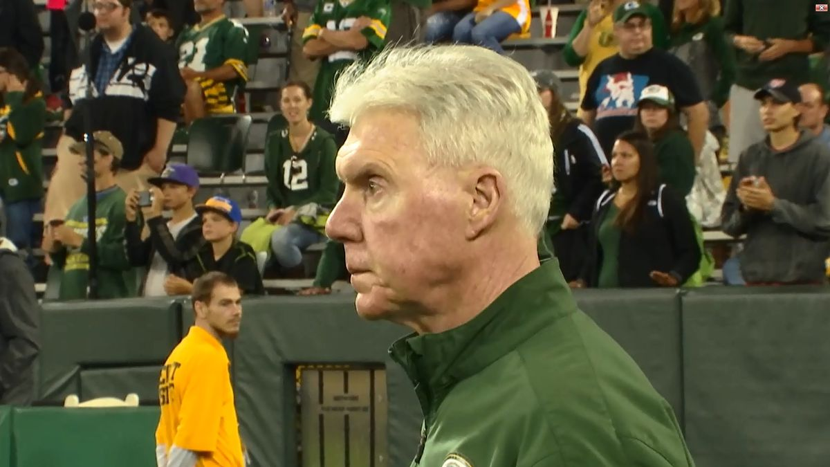 Ted Thompson being inducted into Green Bay Packers Hall of ...