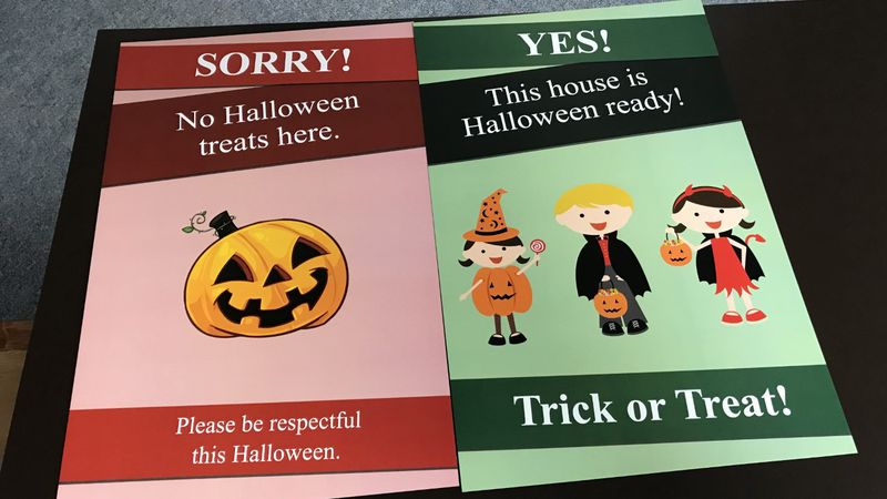 The City of Fond du Lac is offering two different signs for residents, conveying their comfort...