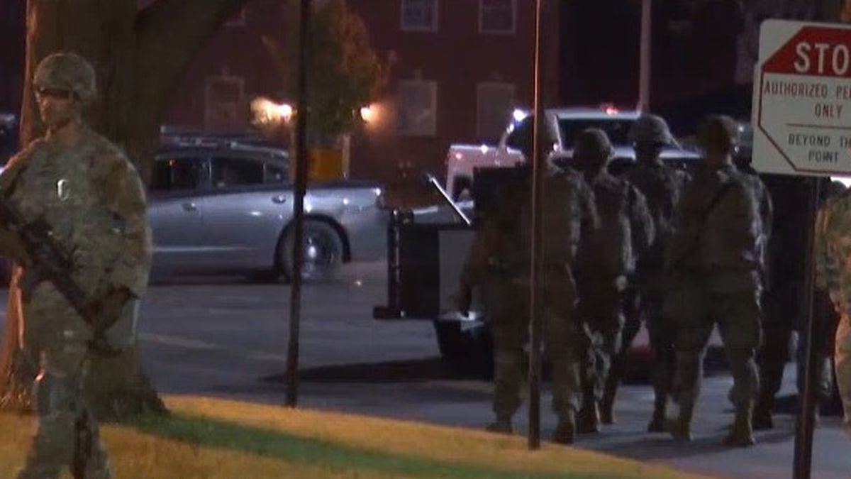 The Wisconsin National Guard helps police in Green Bay. June 1, 2020. (WBAY Photo)