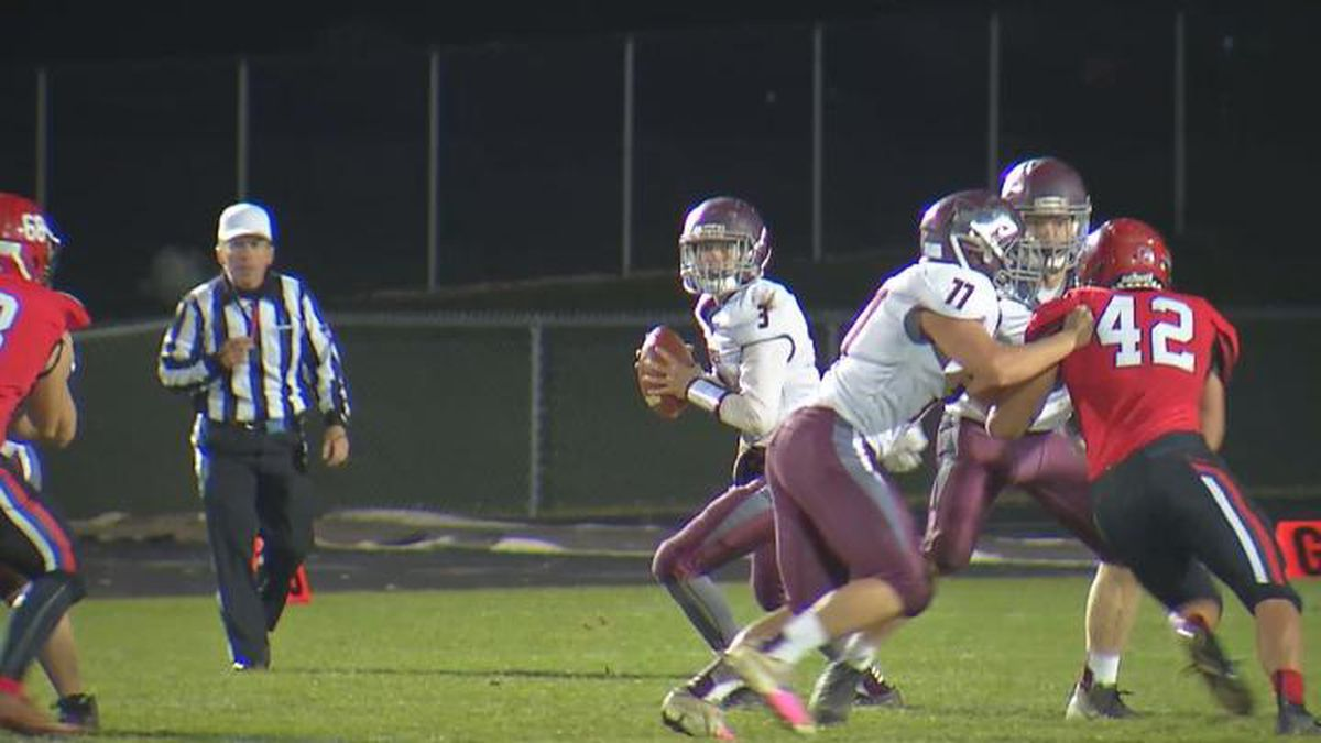 Fox Valley Lutheran QB Isaiah Ulman and the Foxes defeated New London 27-17 in the Operation...