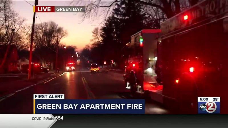 Green Bay Metro Fire Department responds to an apartment fire on S. Fisk St.