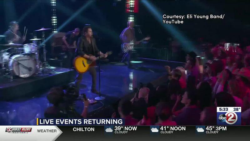 WATCH: Live music returns to Menominee Nation Arena