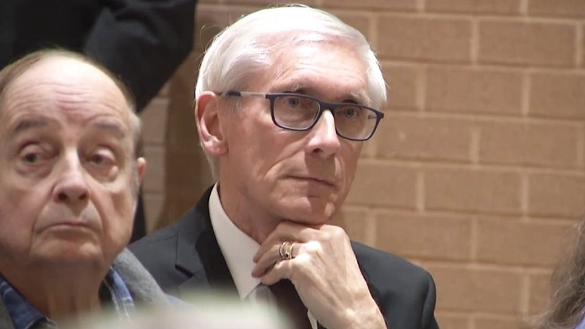 Gov. Tony Evers at a budget listening session in Sun Prairie on April 3, 2019 (WBAY photo)