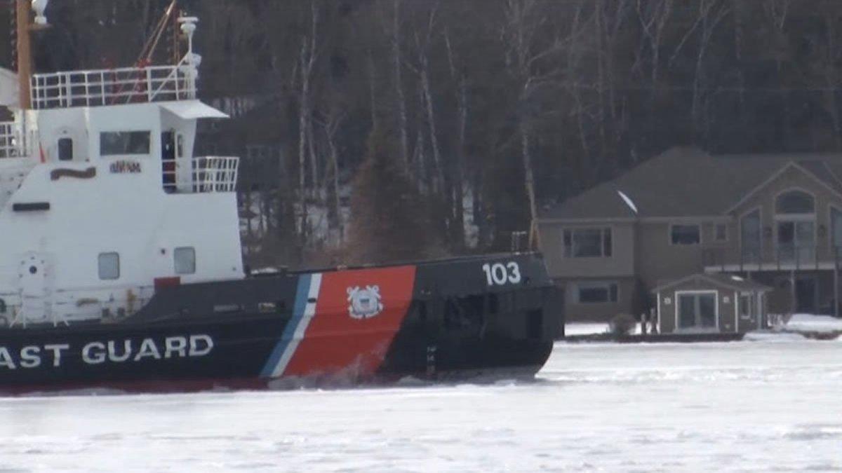 U.S. Coast Guard cutter Mobile Bay breaking ice near the port of Sturgeon Bay (WBAY photo)