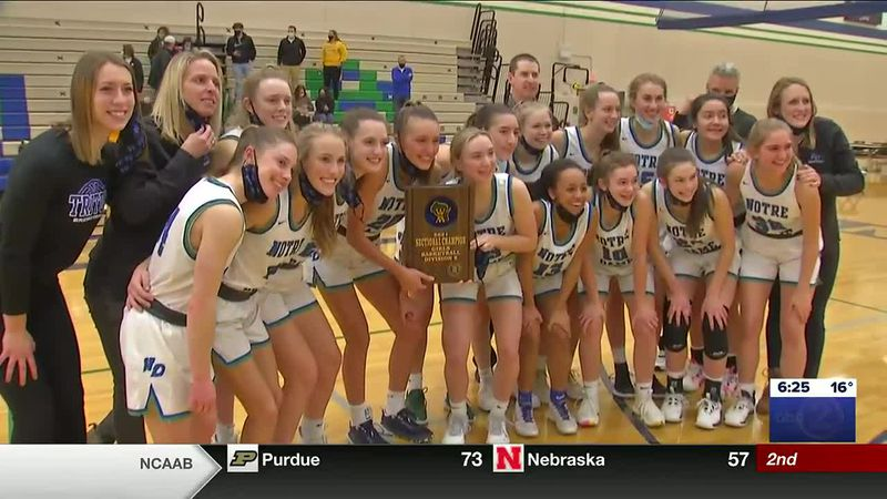 Opichka poured in 33 pts and the Tritons punched their ticket to state