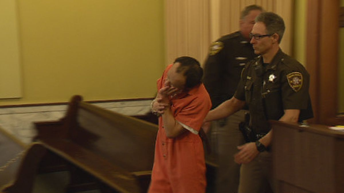 Sai Vang appears in Brown County Court. Feb. 14, 2020. (WBAY Photo)