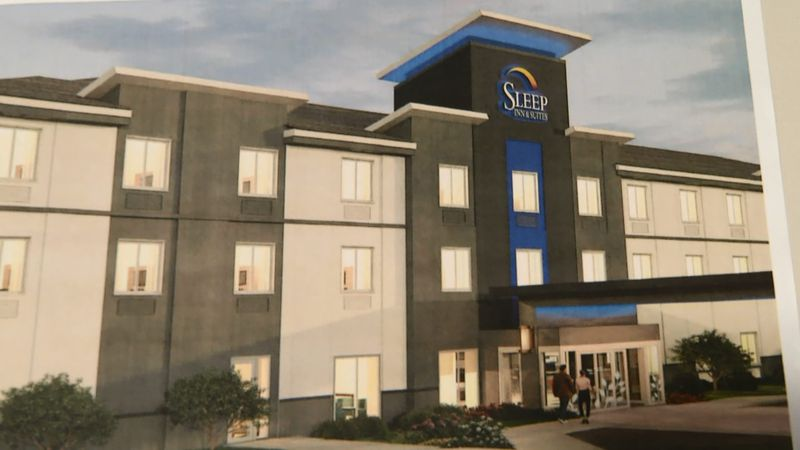 A developer proposes a 3-story Sleep Inn hotel and 5-story apartment complex in downtown Kaukauna