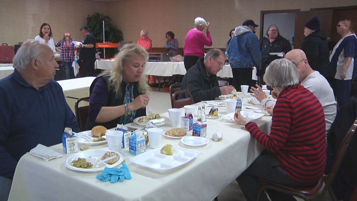 Riverview Gardens Appleton Christmas Meal 2020 We Care Meals to provide free meals on Christmas Day