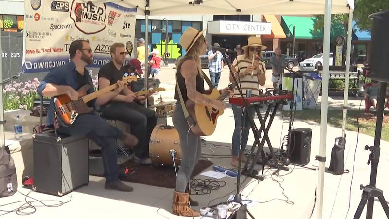 Mile of Music brings hundreds of performers to dozens of venues in downtown Appleton (WBAY photo)