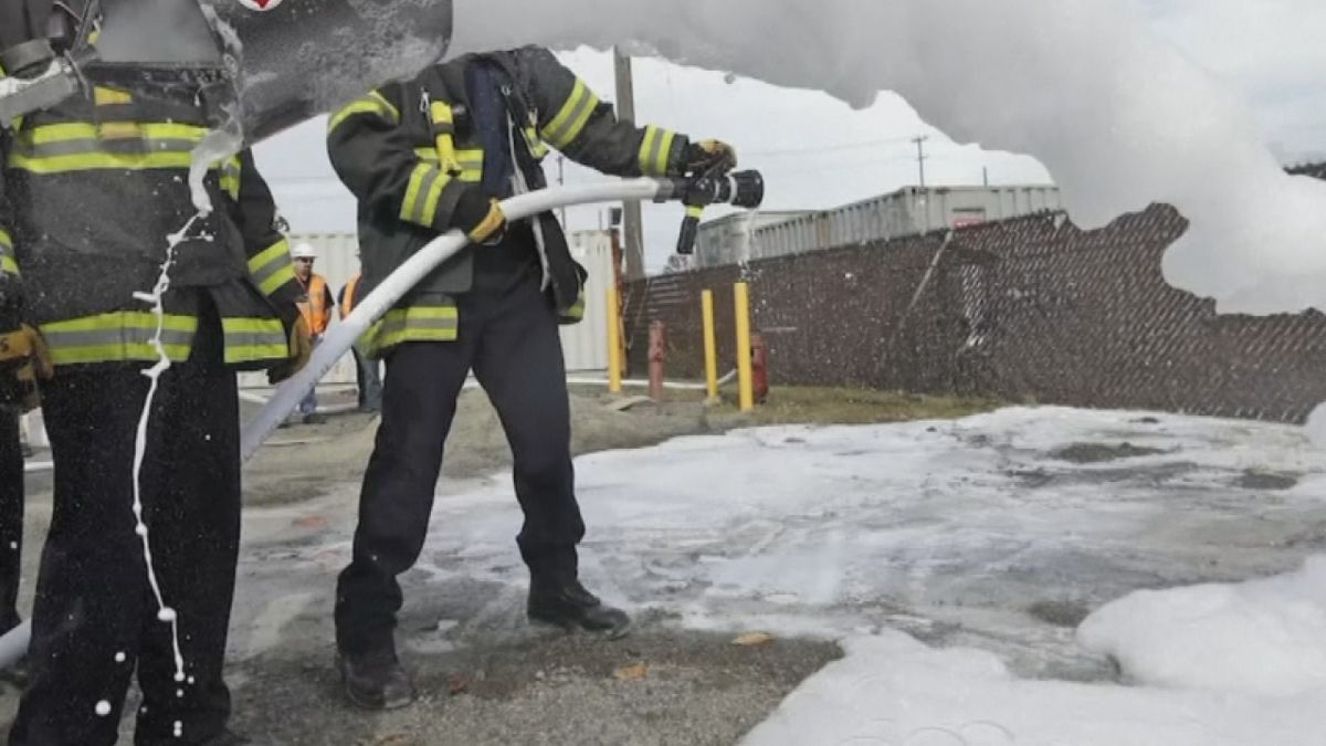 PFAS firefighting foam
