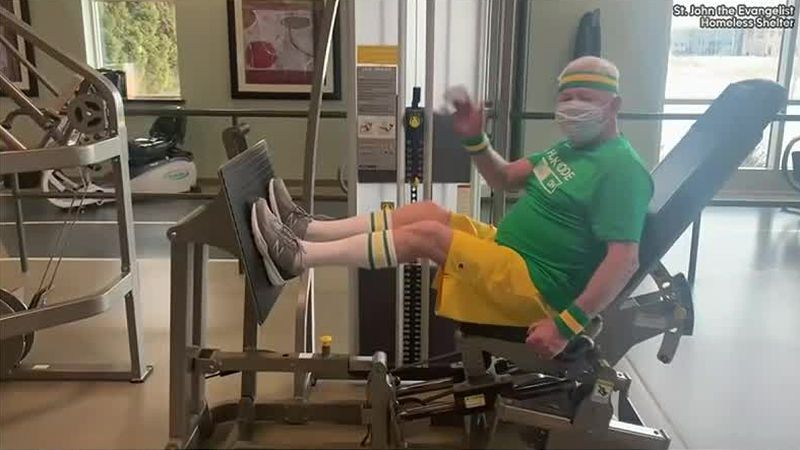 Mike Parins stays in shape for Cellcom Green Bay Marathon